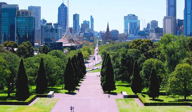 Melbourne park city skyline